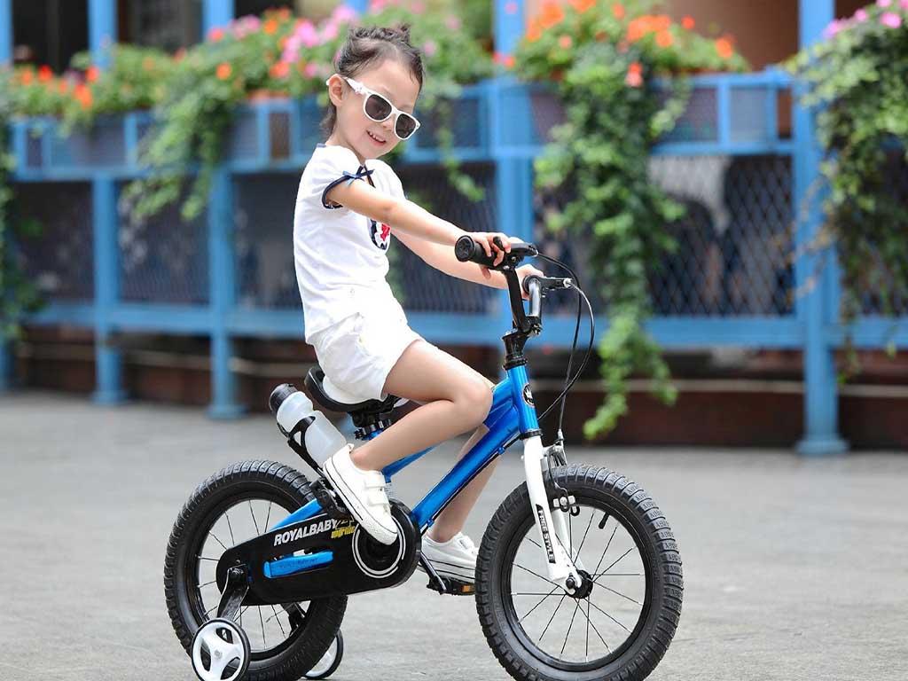 Lợi ích khi cho bé đạp xe đạp