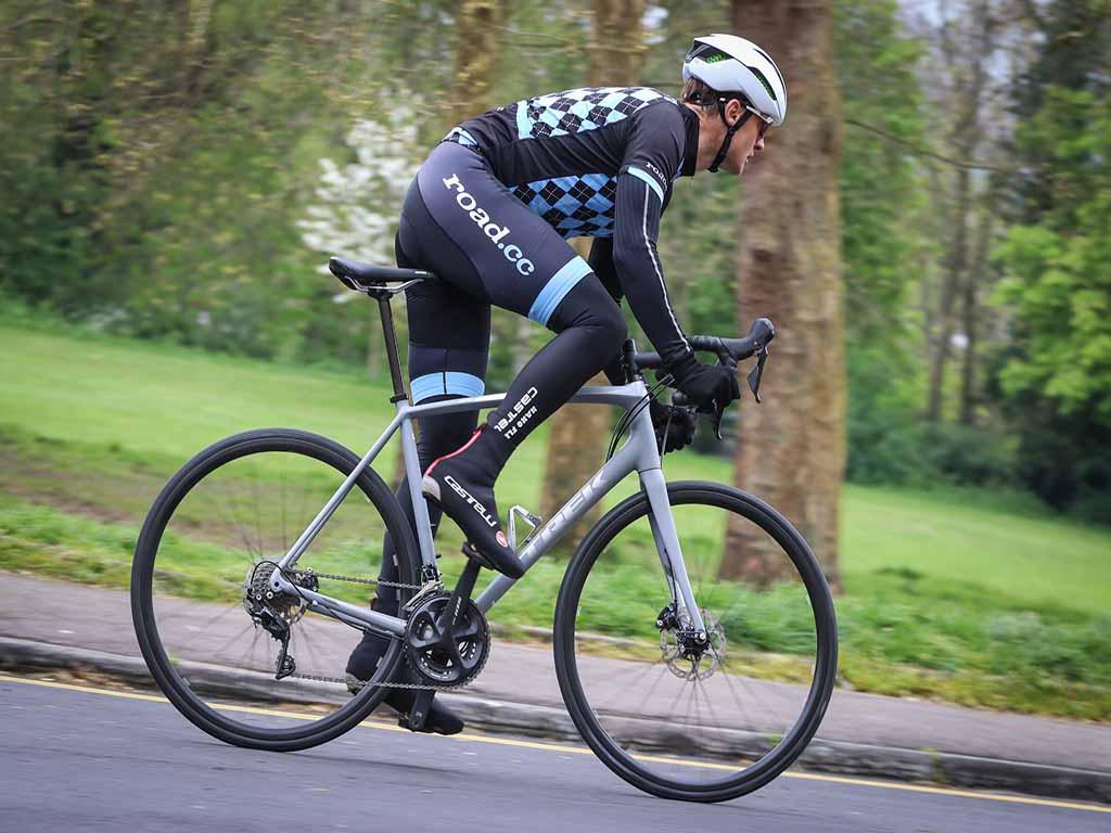 Xe đạp đua với thiết kế cá tính, tốc độ nhanh