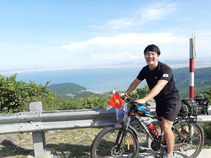 Hành trình đạp xe của chàng trai Hàn Quốc